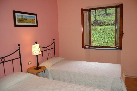 Agriturismo Casa Vacanze Belvedere Pozzuolo: camera doppia