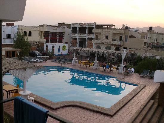 Yasmina Hotel: swimming pool