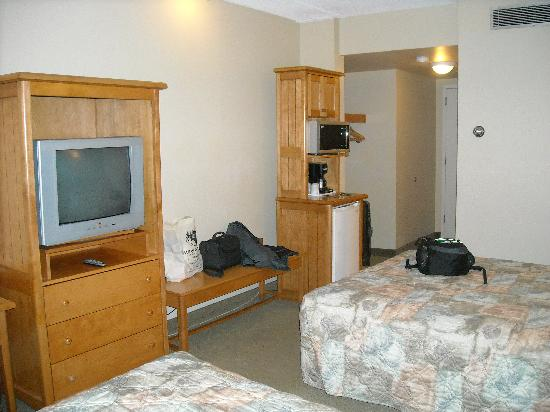 Manning Park Resort: Microwave/mini fridge