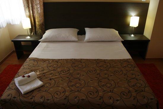 Hotel Divan: Room1
