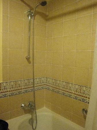 BEST WESTERN Odyssee Park Hotel: vasca doccia
