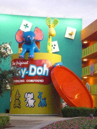 Disney's Pop Century Resort: Play Doh statue