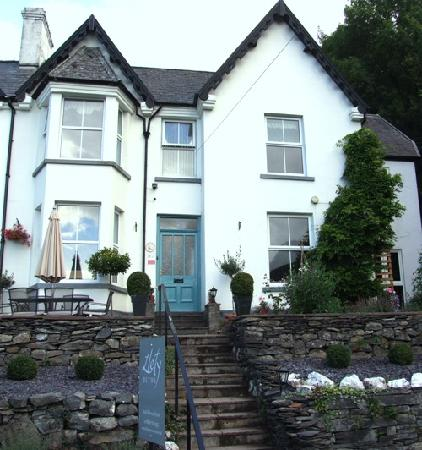 Llety Betws: Charming Victorian property