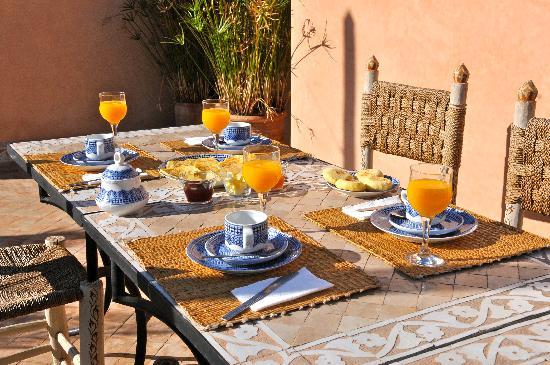 Riad Al Andaluz: petit-déjeuner délicieux en terrasse