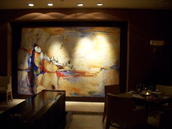 Four Seasons Resort Punta Mita: Painting in the restaurant on wall