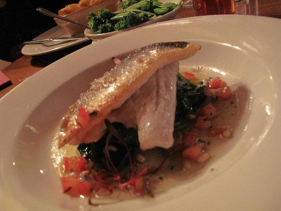 Restaurant at The Chequers Inn: Sea bass, with taragon tomatoes and garlic spinach