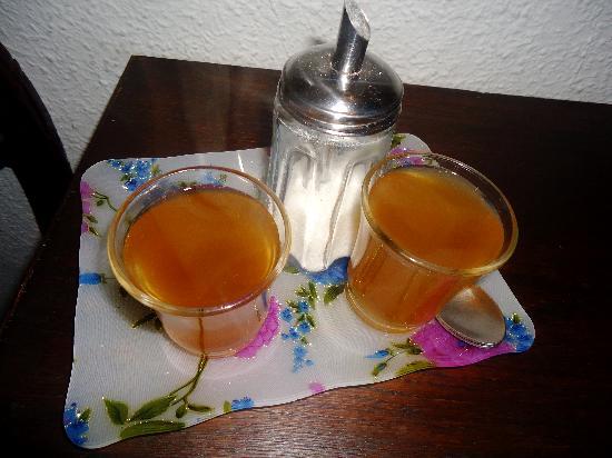 Apartamentos Venecia: El increible té que los dueños servían a todos los huéspedes, a todas horas!
