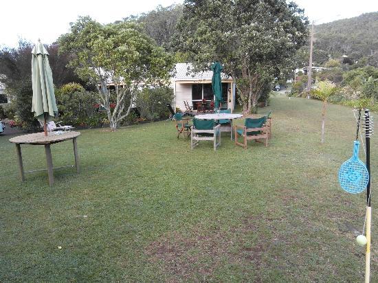 Tatahi Lodge Motel: Außenbereich
