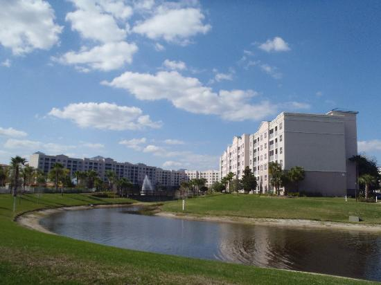 Bluegreen Fountains Resort: View of Building