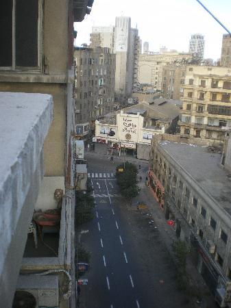 Cairo Moon Hotel: View from balcony, looking west