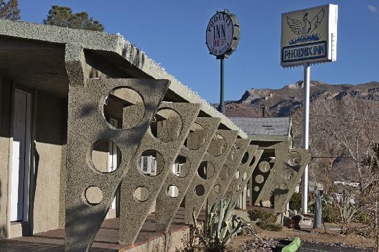 The Atomic Inn: Atomic Inn