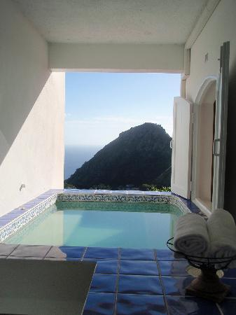 Saba: View from Queens Resort room jacuzzi