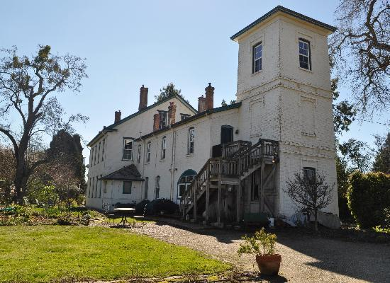 Inn at Locke House: Spring is sprouting!  Beautiful views!