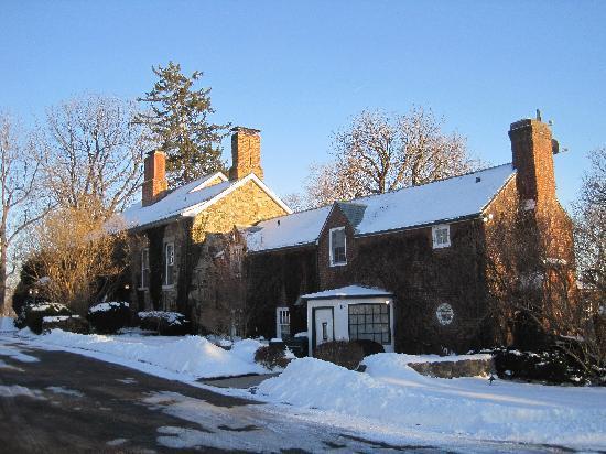 Morgan Samuels Inn: The inn