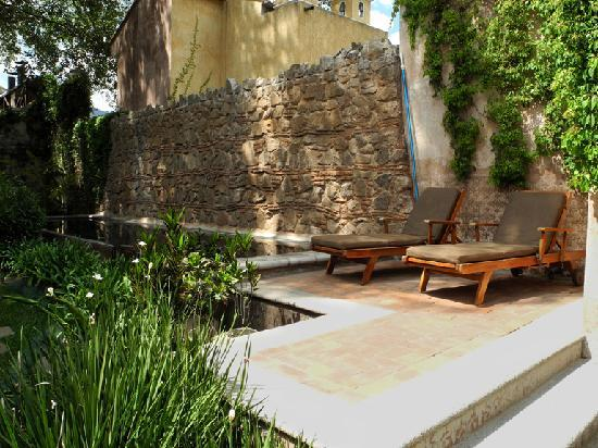 El Convento Boutique Hotel: Pool Area