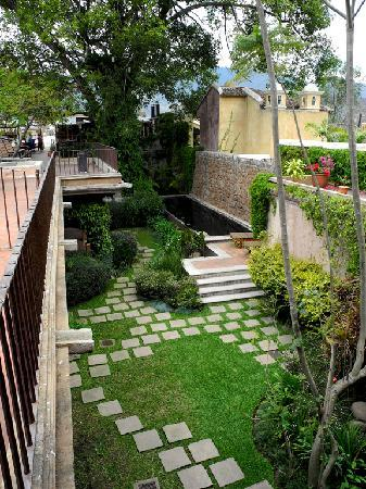 El Convento Boutique Hotel: Garden/Pool