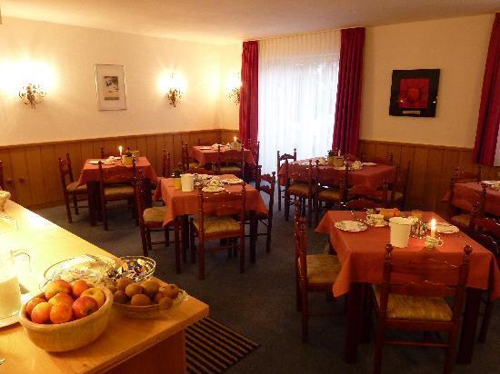 Pfeffermuehle: Breakfast Room