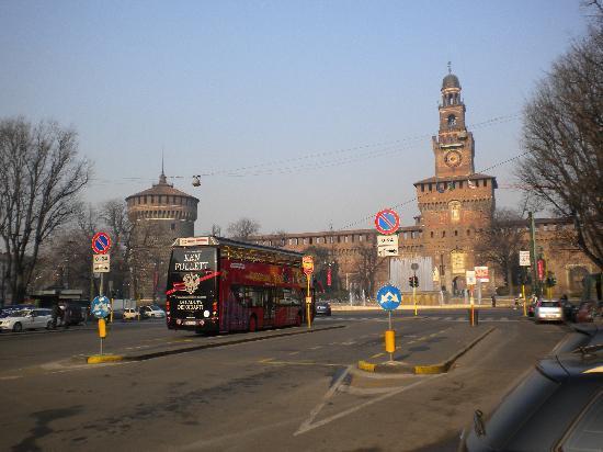 La Pace: Castello Sforzesco
