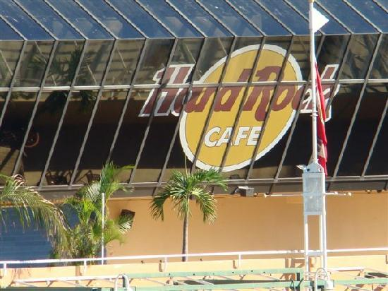 Hard Rock Cafe: Si fa notare