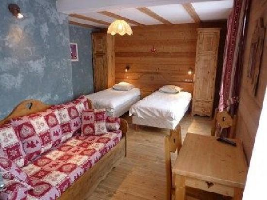 Hotel Alpina : Chambre