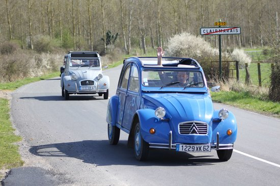 Clairmarais, ฝรั่งเศส: Location de 2CV - Balade Découverte du Nord/ Pas-de-Calais