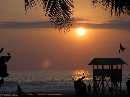 Puerto Escondido, Mexico: Just another perfect sunset