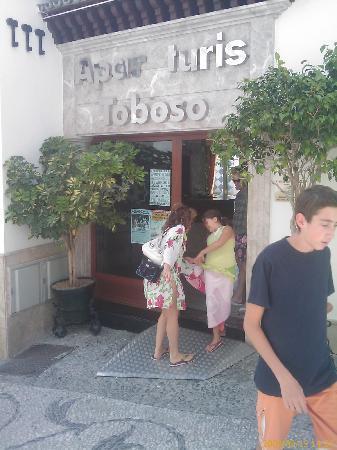 Toboso apar-turis Hotel: ENTRADA