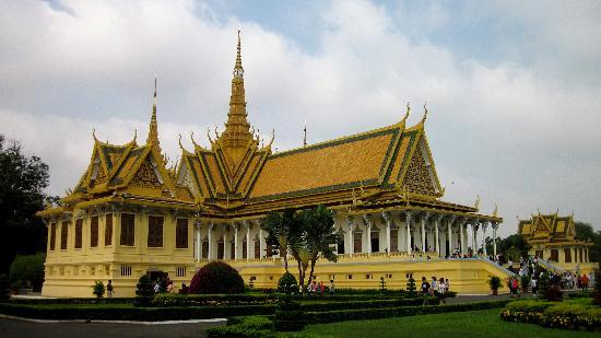 Golden House International: Royal Palace / Silver Pagoda - few minutes walk from hotel