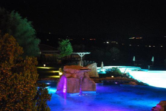piscina di notte - Foto di Hotel Adler Thermae Spa & Relax Resort ...
