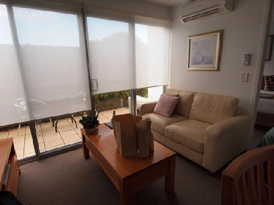 The Victoria Apartments: cosy sofa area