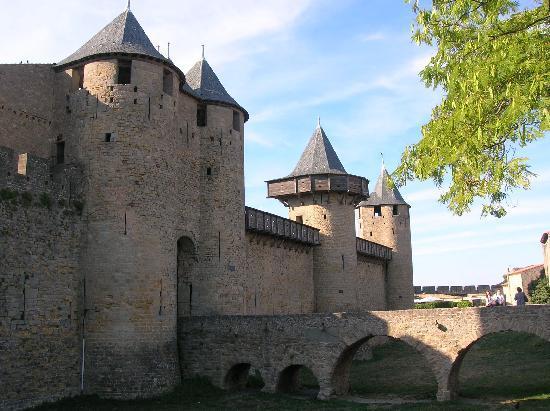 Carcassonne, France : La piazzaforte nella fortezza