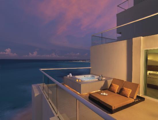 Sun Palace: Suite