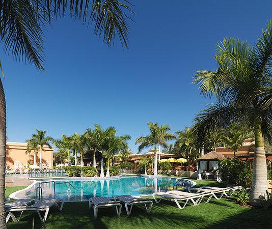 Green Garden Resort & Suites Thumbnail