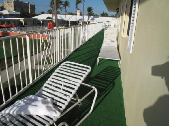 Delray Breakers on the Ocean: Balconies outside other units