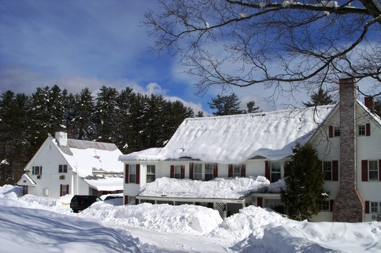Cranmore Mountain Lodge Bed and Breakfast: A twenty room B&B