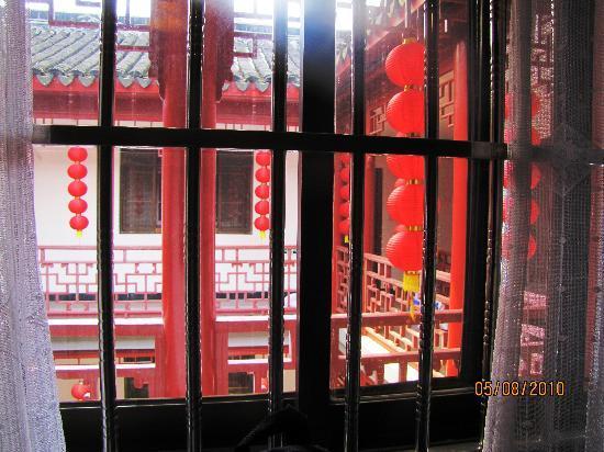 Riverside Hotel: vista dalla camera: patio interno
