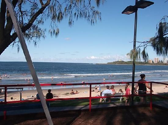 Caribbean Resort Mooloolaba: 2 minute walk to great beachside park