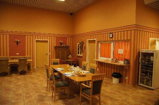 Econo-Motel Golzer
