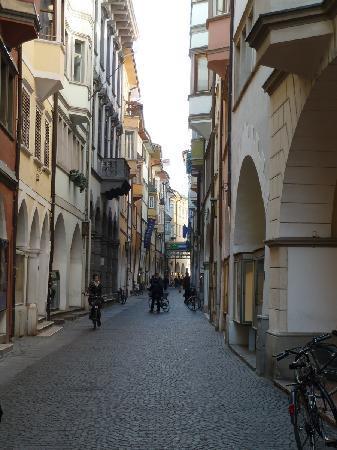Bolzano, İtalya: Die Laubengänge