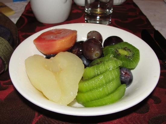 Cafe, fruta, bolleria ...