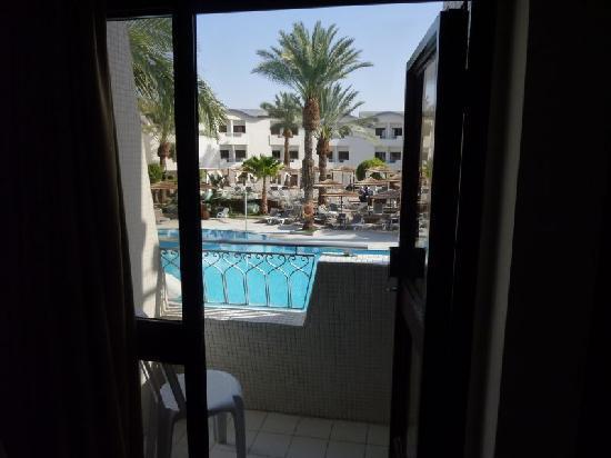 Leonardo Privilege Hotel Eilat : The balcony was really tiny.