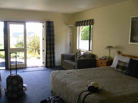 Baycrest Lodge : Our Room