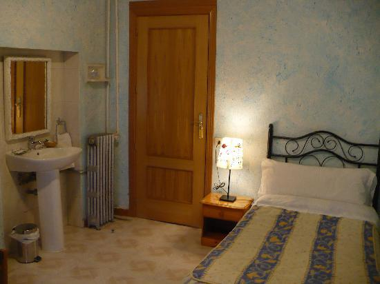 Hostal Mirentxu: Single Room