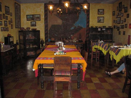 Posada Belen Museo Inn: Dining room