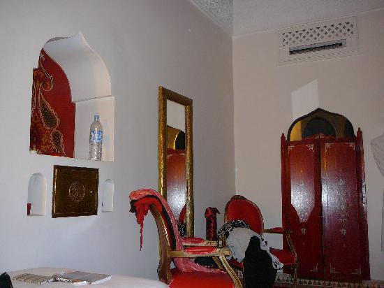Riad Argan: Our bedroom