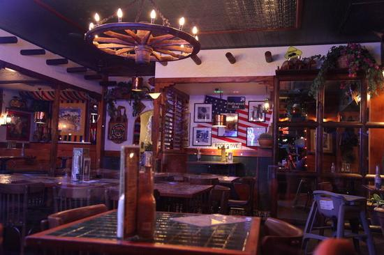 Cactus Jack's Bar & Grill, Airlie Beach