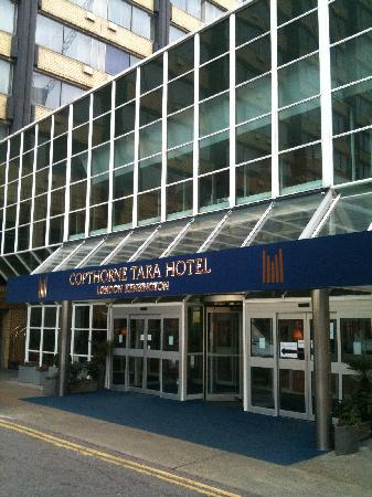 Entrance Picture Of Copthorne Tara Hotel London Kensington