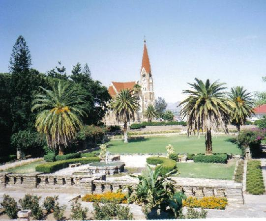 "Βίντχουκ, Ναμίμπια: Luthern ""Christ Church"" of Windhoek built in 1910"
