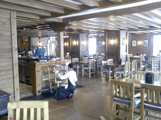 Sport Hotel: Bar