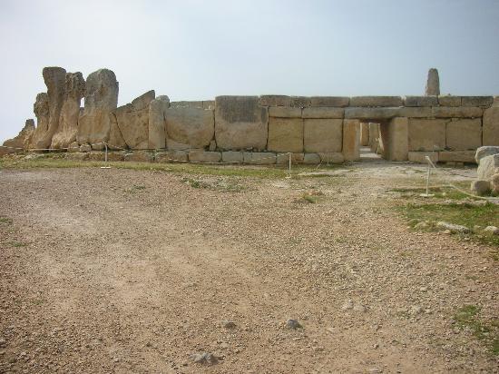 Hagar Qim Temples: Megalithic tample